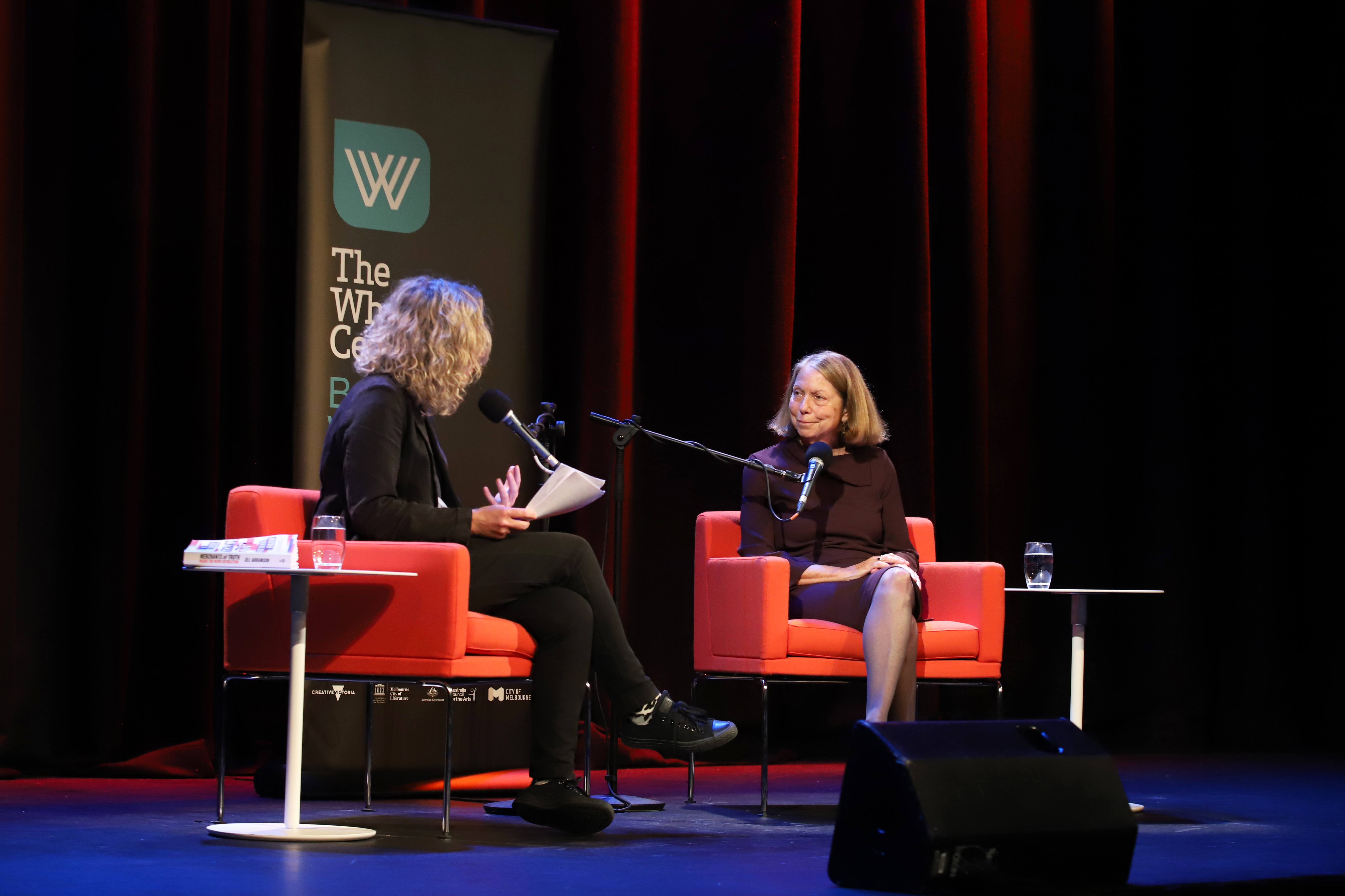 Photo of Sally Warhaft and Jill Abramson on stage at the Athenaeum Theatre