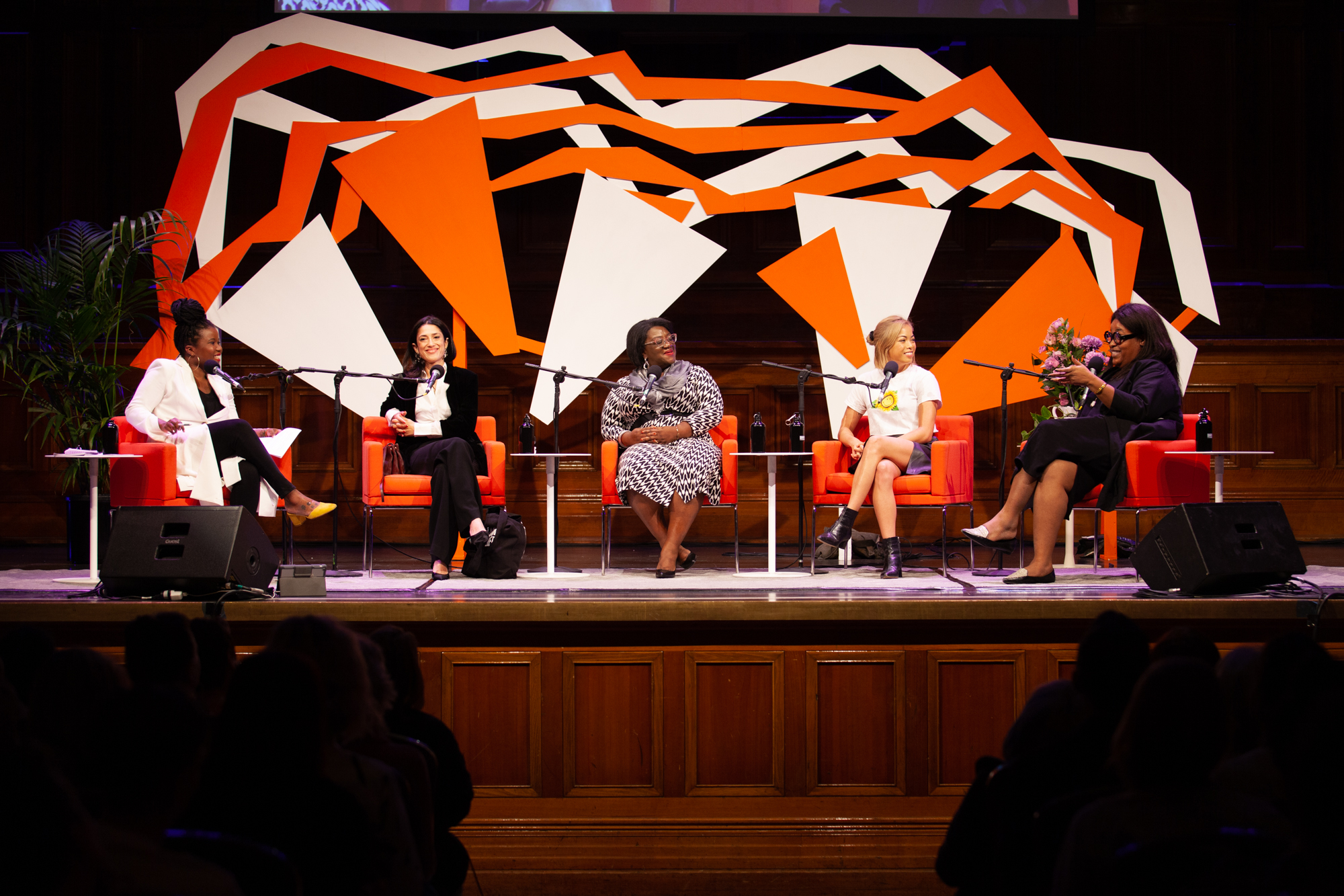 Photo of the panel – Santilla Chingaipe, Fatima Bhutto, Tressie McMillan Cottom, Jia Tolentino and Aminatou Sow
