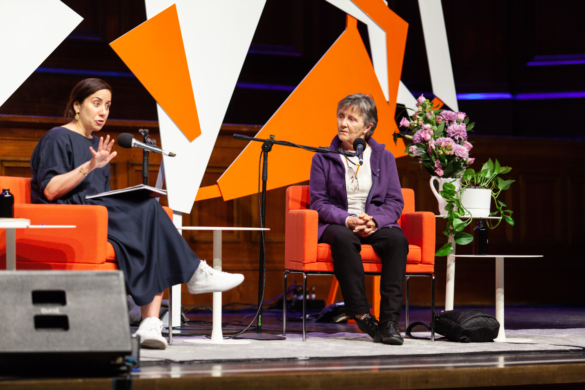 Photograph of Sarah Krasnostein and Helen Garner on stage