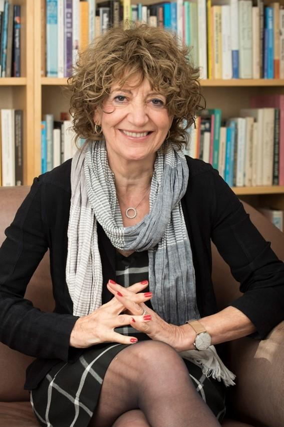 susie orbach It is the morning of the london tube strike when i set off to interview susie orbach, author of fat is a feminist issuethe bus queue at waterloo is a long, slow line of quiet fury.