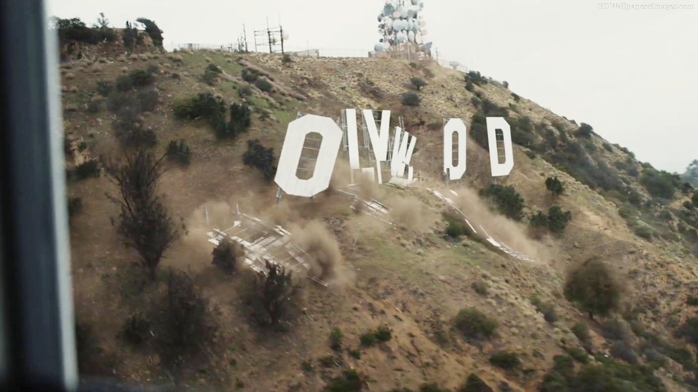 Image: Hollywood crumbles in San Andreas (still)