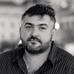 Portrait of Frank Camorra