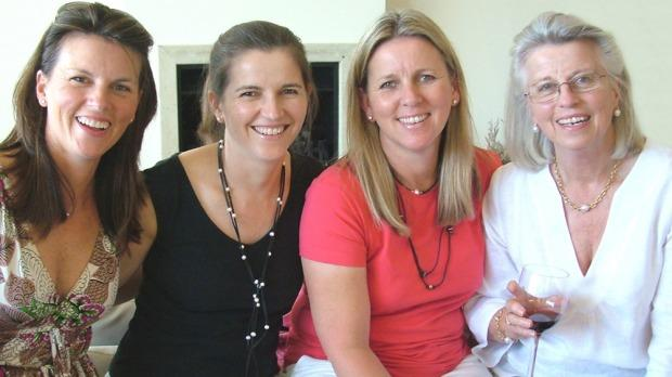 Shayne Higson, her sisters, and their mother Jan