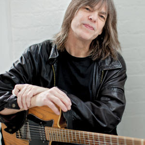 Portrait of Mike Stern