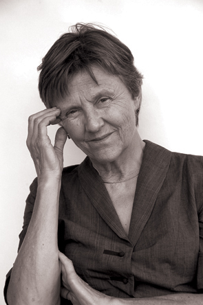 Helen Garner told Stephanie Guest, 'Your perseverance is very bracing'.