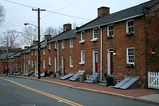 Row houses in Baltimore via Finin/WikiCommons